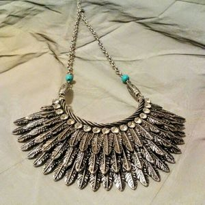 Feather design bib necklace earring set